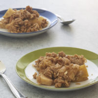 It doesn't get much simpler, more delicious, or more comforting than this classic Apple Crisp! - Bake or Break