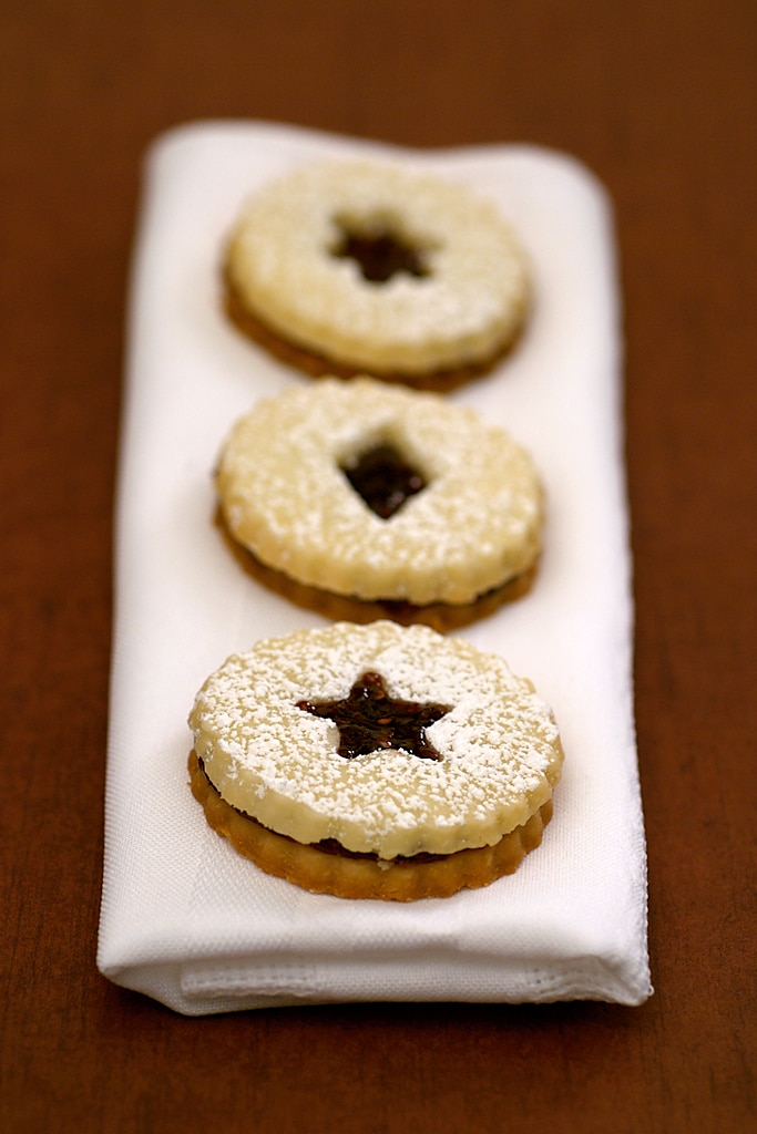 Linzer Cookies | Bake or Break