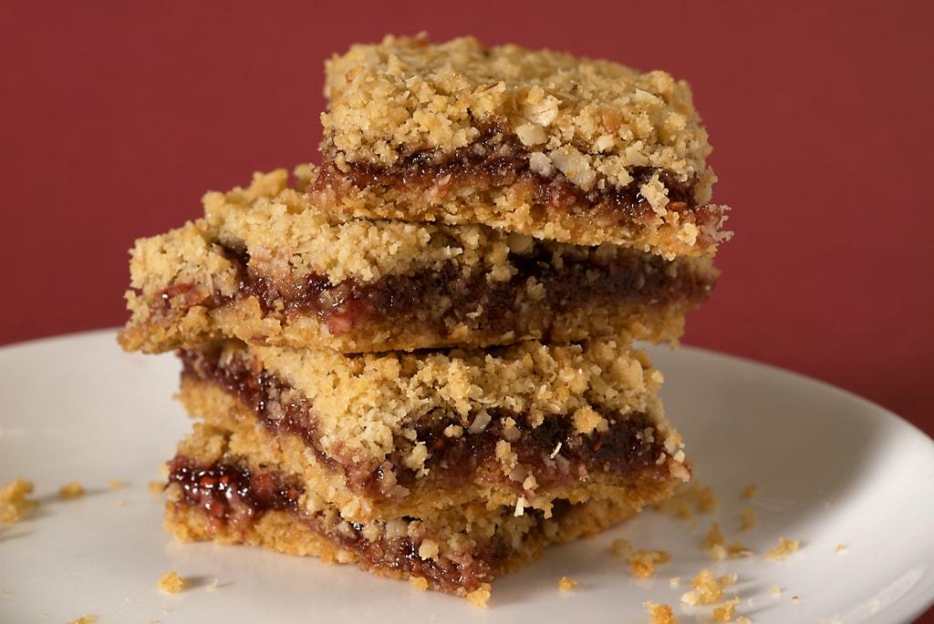 Oatmeal Raspberry Bars | Bake or Break