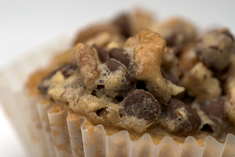 Chocolate Chip Cupcakes are part cookie, part cupcake, and totally scrumptious! - Bake or Break