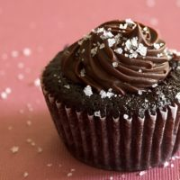 Chocolate Salted-Caramel Mini Cupcakes | Bake or Break
