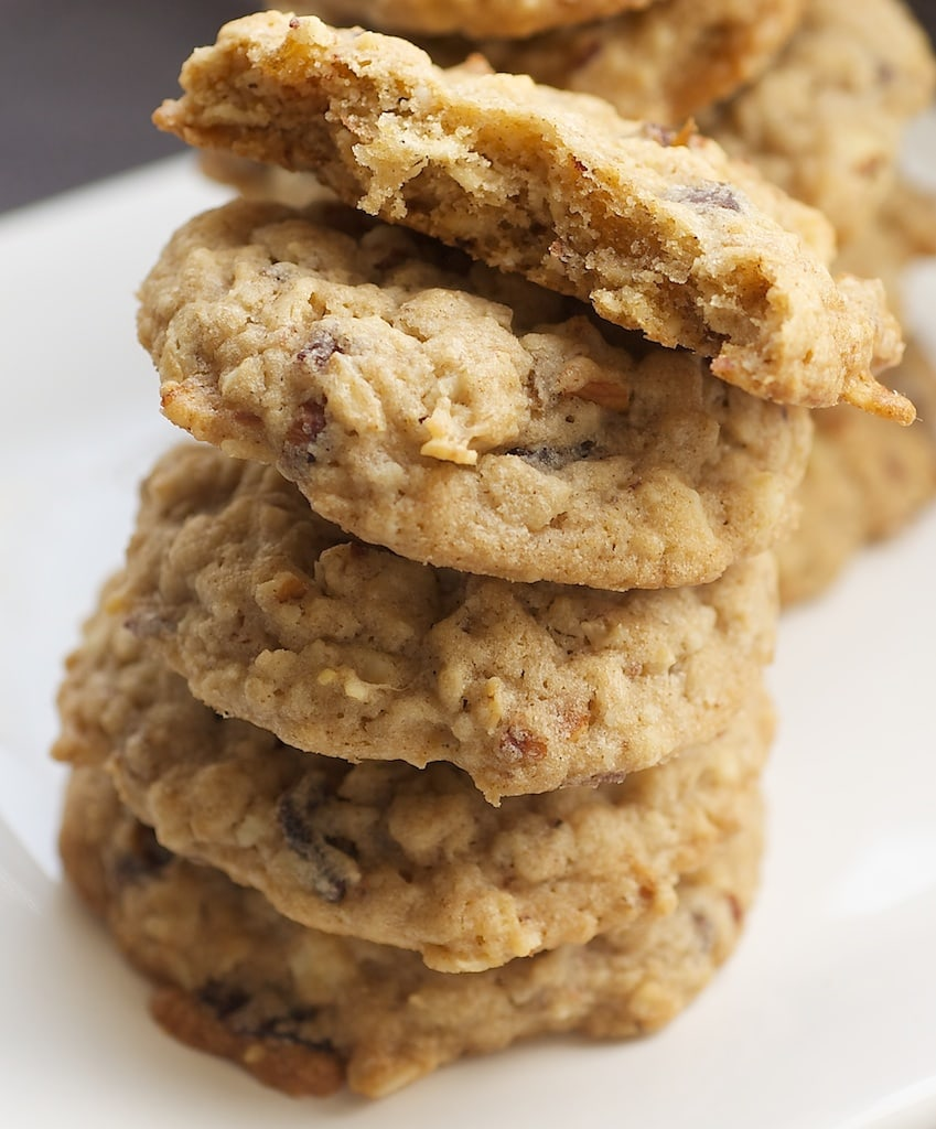 Oatmeal Date Cookies are chewy, nutty treats with just the right amount of sweetness! - Bake or Break