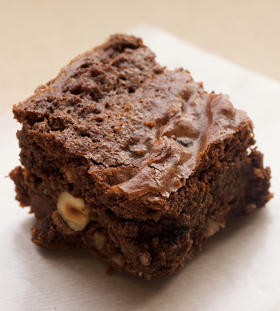 There's a little bit of everything that's good in these Kitchen Sink Brownies! - Bake or Break