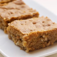 Brown Sugar Cashew Blondies | Bake or Break