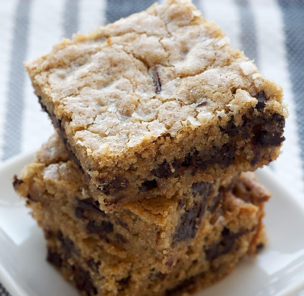 Salty Chocolate Chunk Blondies | Bake or Break