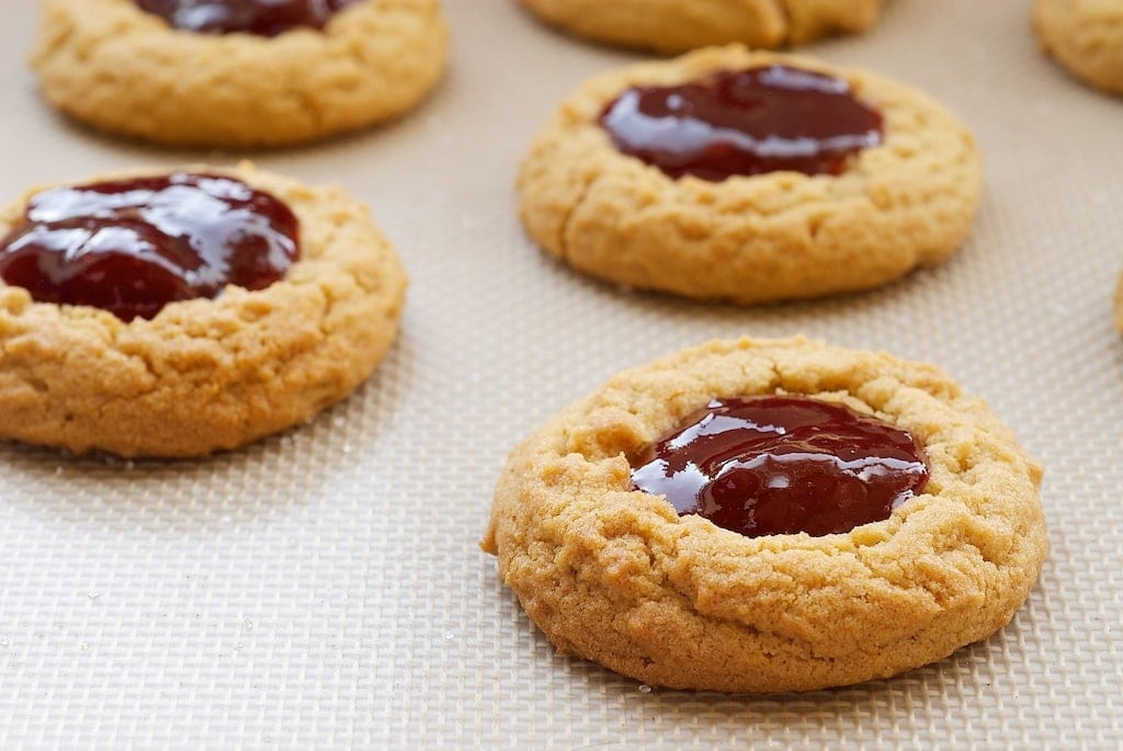 recipe: peanut butter thumbprint cookies [6]