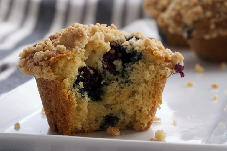 Blueberry Crumb Muffins - Bake or Break