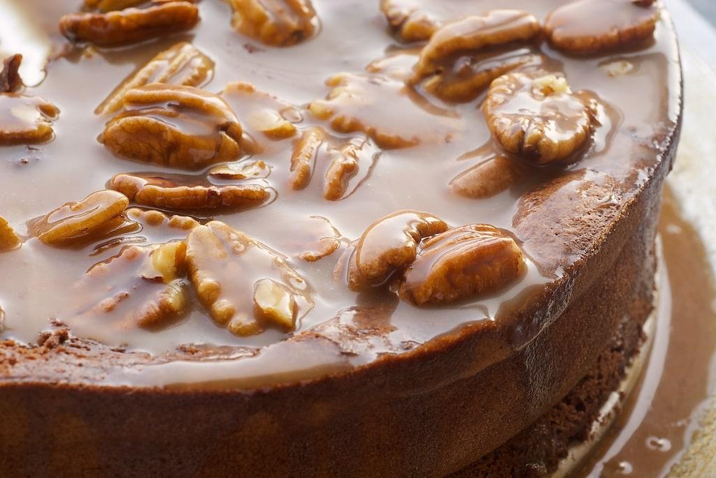 Chocolate Caramel Pecan Souffle Cake | Bake or Break