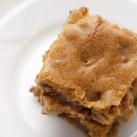 Halloween Candy Bar Blondies | Bake or Break