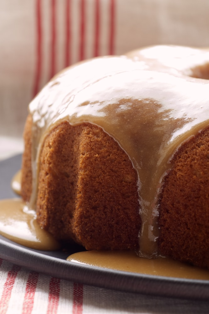 Simplify caramel cake with this Caramel Bundt Cake! - Bake or Break