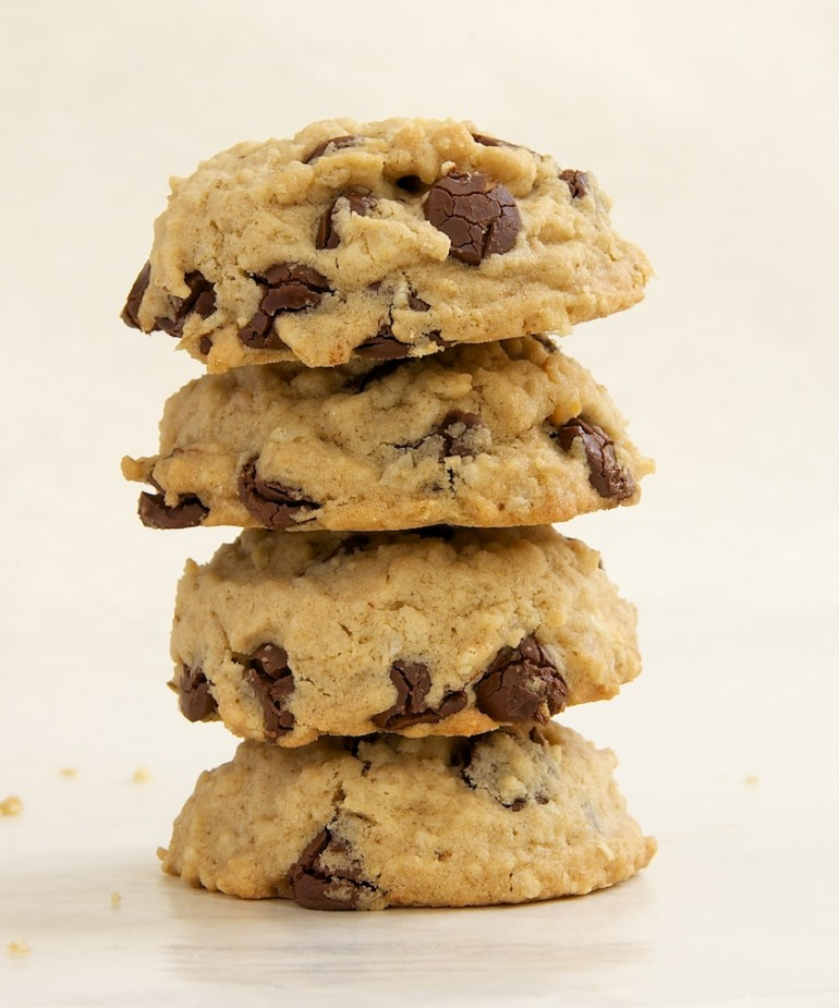 Chunky Chewy Whole Grain Toffee Chocolate Chip Oatmeal Cookies Recipes ...