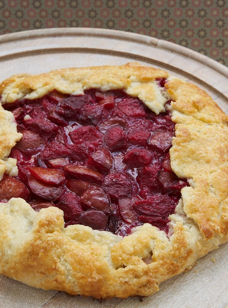 Simplify pie baking with this easy Plum and Almond Crostata that is full of amazing flavor! - Bake or Break