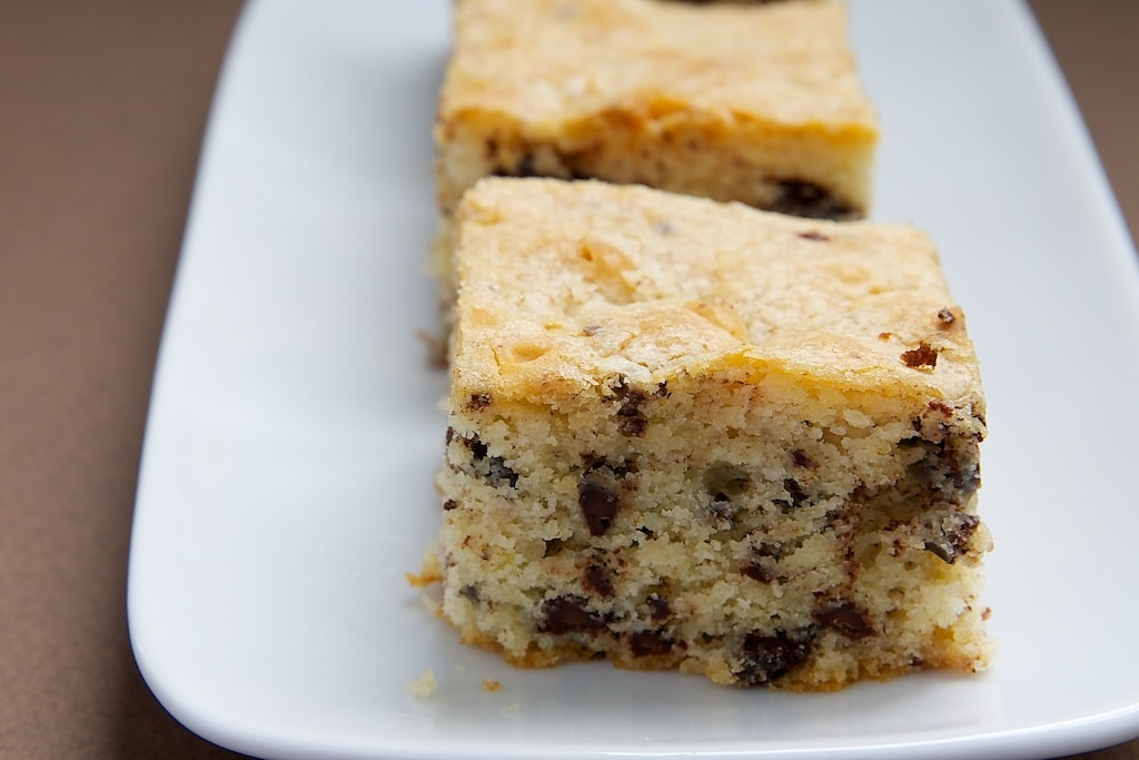Why should dark chocolate have all the fun? Try these White Chocolate Brownies! - Bake or Break