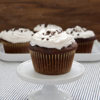 Cookies 'n' Creme Filled Cupcakes | Bake or Break