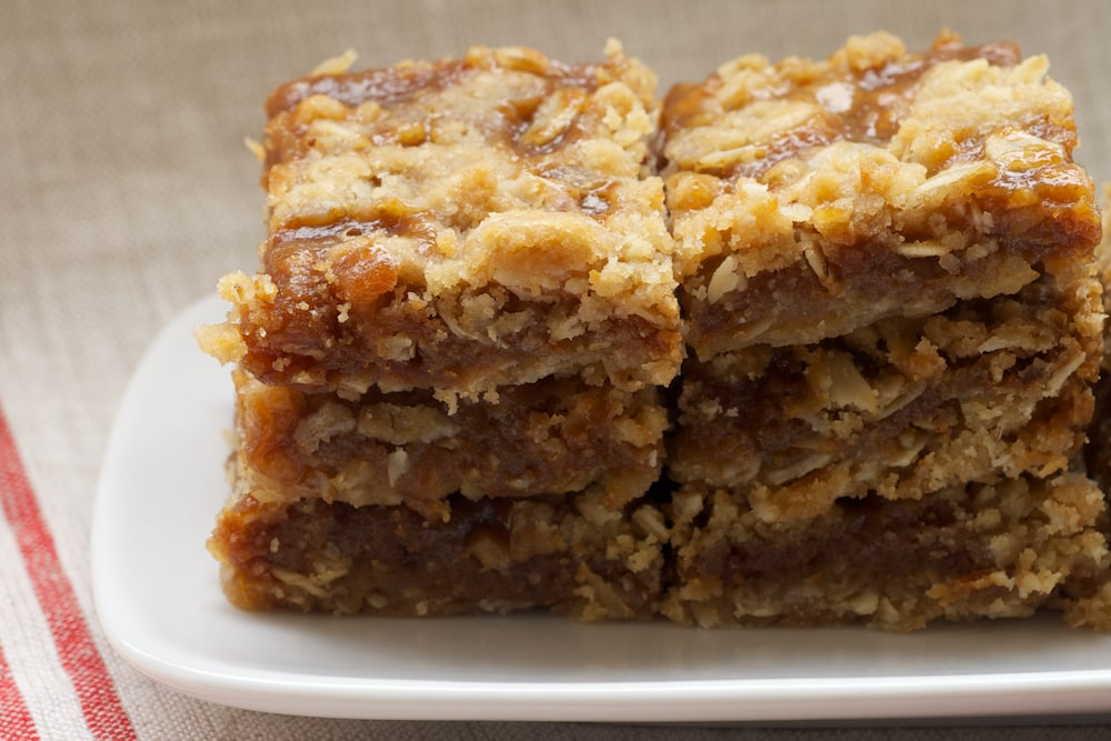 Dulce De Leche Apple Bars With Browned Butter Icing Recipe ...