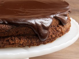 Flourless Chocolate Cake with Chocolate Ganache