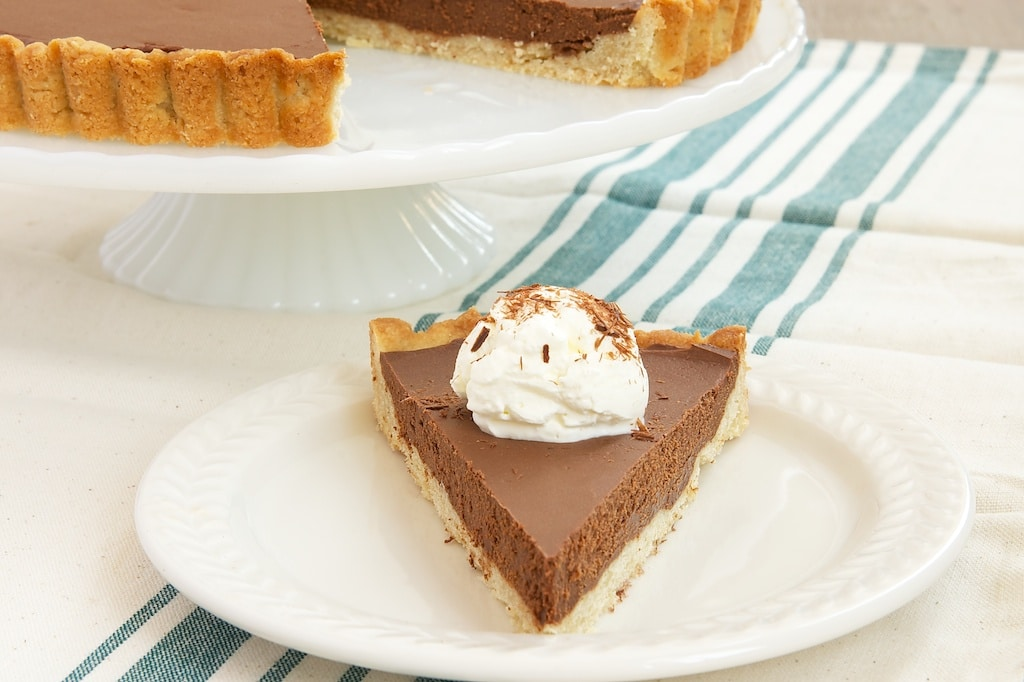 So delicious and so simple, Chocolate Mascarpone Tart is sure to become a favorite!