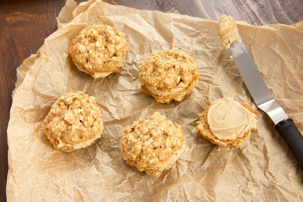 Chewy oatmeal cookies combine with rich butterscotch for these delicious Butterscotch Oatmeal Sandwich Cookies.