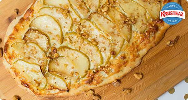 Pear and Gorgonzola Flatbread