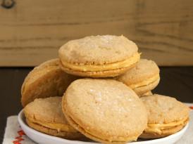 Cinnamon-Caramel Sandwich Cookies