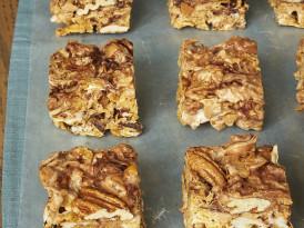 Sweet and Nutty Corn Flake Bars