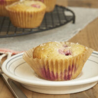 Sweet raspberries are the perfect complement to the tartness of Lemon Raspberry Muffins! - Bake or Break