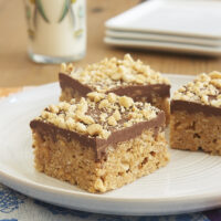 Honey and peanut butter stand in for marshmallows in these irresistible Chocolate Peanut Butter Crispy Treats. - Bake or Break
