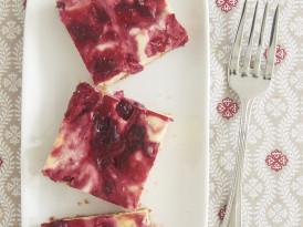Cranberry White Chocolate Cheesecake Bars