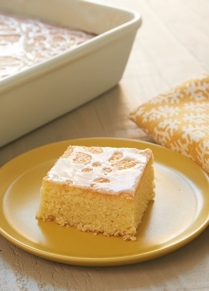 Lemon Pound Cake Bars turn pound cake into an easy-to-serve bar form. Such a great easy lemon pound cake recipe! - Bake or Break
