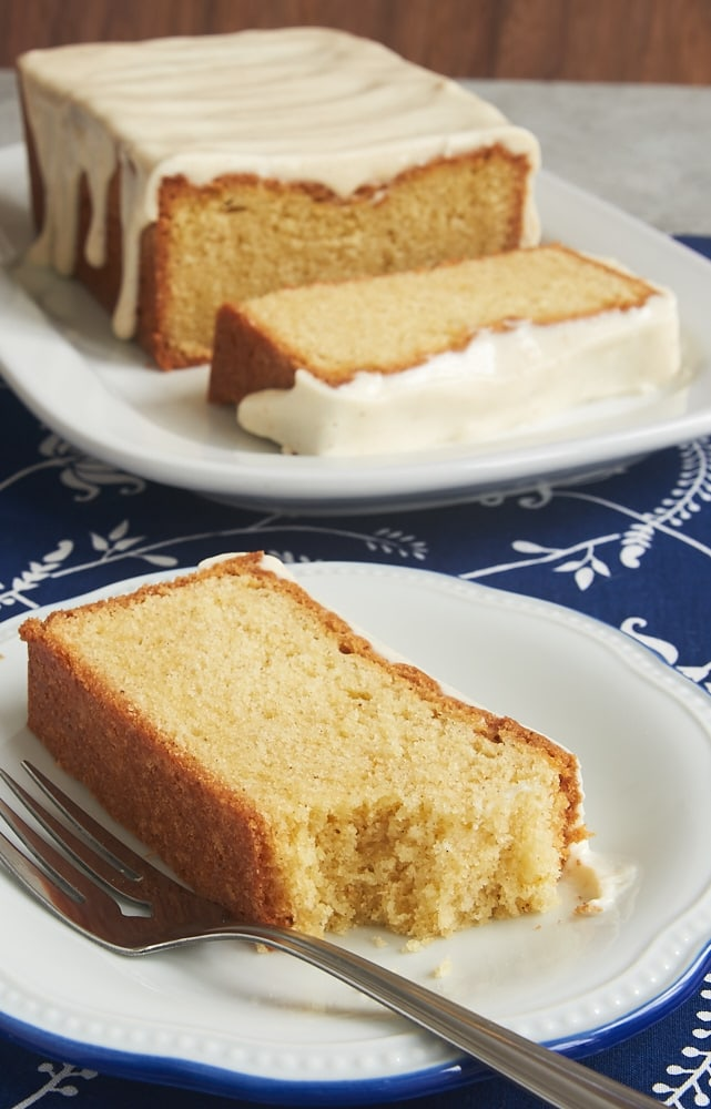 The nutty flavor of brown butter turns a traditional dessert into something extra special in this Brown Butter Pound Cake. - Bake or Break