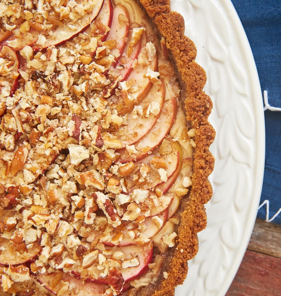 Apple Pecan Cream Cheese Tart is a delicious combination of apple pie ...