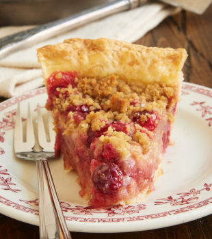 Tart cranberries and subtly sweet pears are a perfectly delicious combination in this fantastic Cranberry Pear Crumb Pie. - Bake or Break