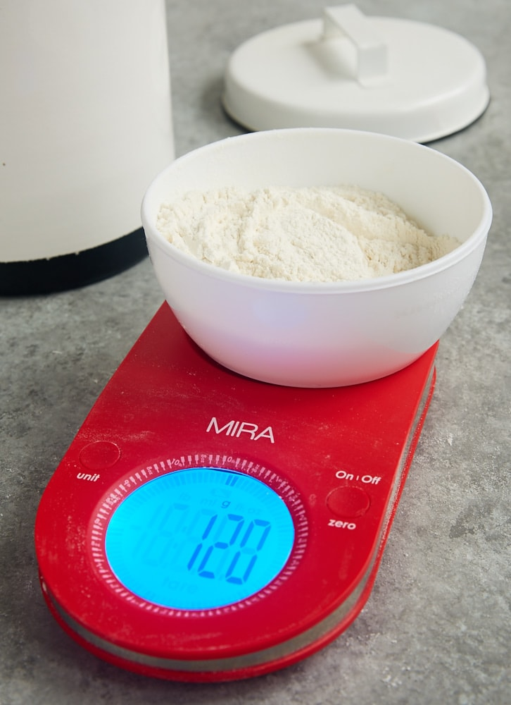 Do your baked goods often turn out dry or tough? Fixing that may be as simple as altering the way you measure flour! - Bake or Break