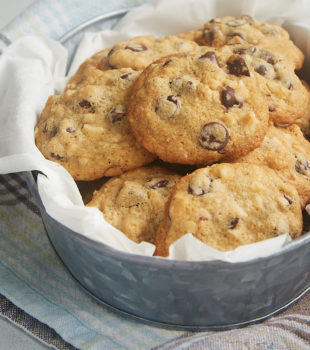 These Hazelnut Chocolate Chip Cookies are packed with plenty of chocolate chips, hazelnuts, and a special adults-only ingredients for some seriously amazing flavor. - Bake or Break